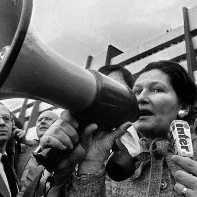 Principales Acontecimientos del S.XX (1945-1975) timeline