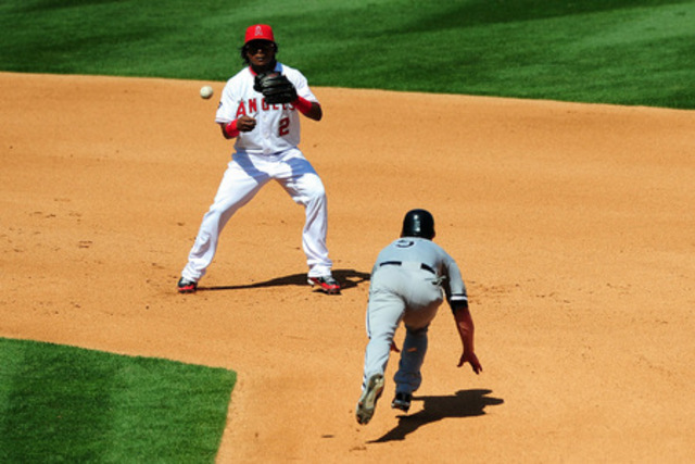 Anaheim Angels crush the Chicago White Sox 19-0.