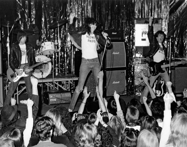 punk rock 1974