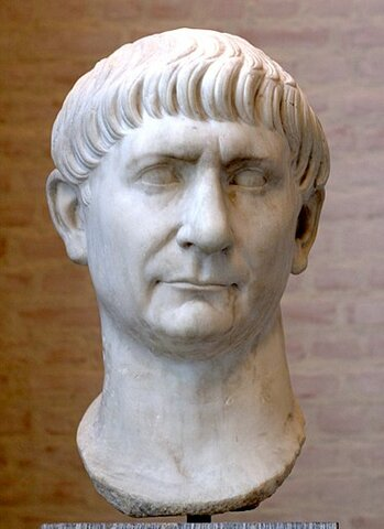 Declaran a Trajan como emperador