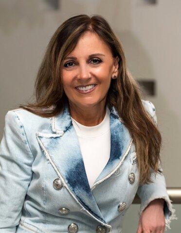 Ana María Olabuenaga