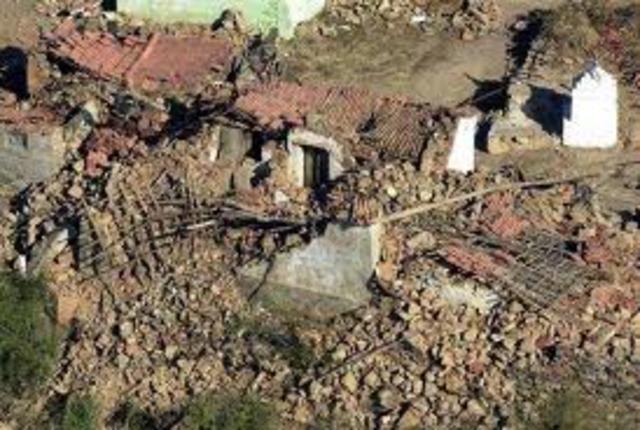 Earthquake hits India.