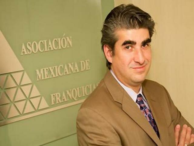 Juan Huerdo Lange, asume presidencia de la AMF