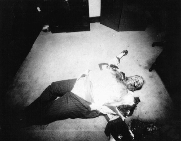 Salvatore Maranzano killed by Murder Inc., Lansky & Seigel (?)