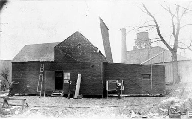 """Thomas Edison Closes """"Americas First Movie Studio"""""""