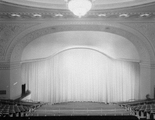 Broadways First 1 Million Dollar Theatre Opens