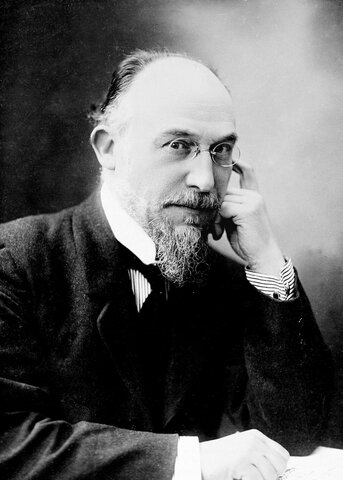 Erik Satie completes work on Trois Gymnopédies