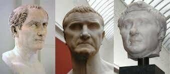 Cras i Juli Cèsar formen el primer triunmvirat