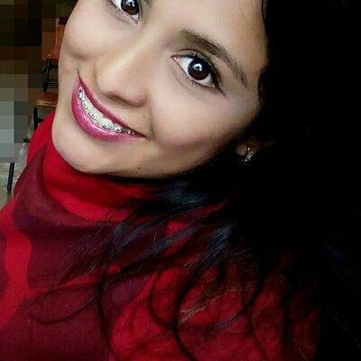 Biografía como Estudiante María del Carmen Flores timeline