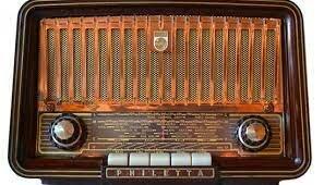 Creación del radiofónico