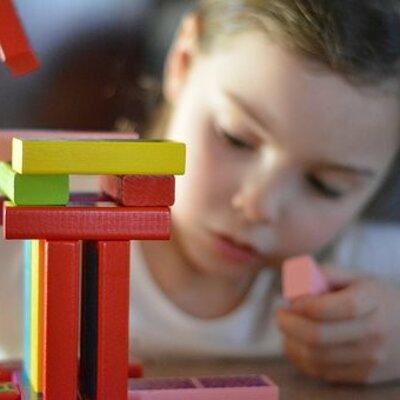 Postulados teóricos y su relación con el desarrollo del pensamiento lógico matemático en la infancia timeline