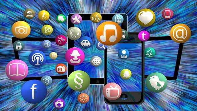 Se da Wikipedia, Myspace, iTunes, Gmail. Facebook, Megaupload, YouTube, y Twitter.