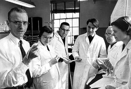 Francis Crick, Severo Ochoa, Har Gobind Khorana, Robert W. Holley y Marshall Warren Nirenberg