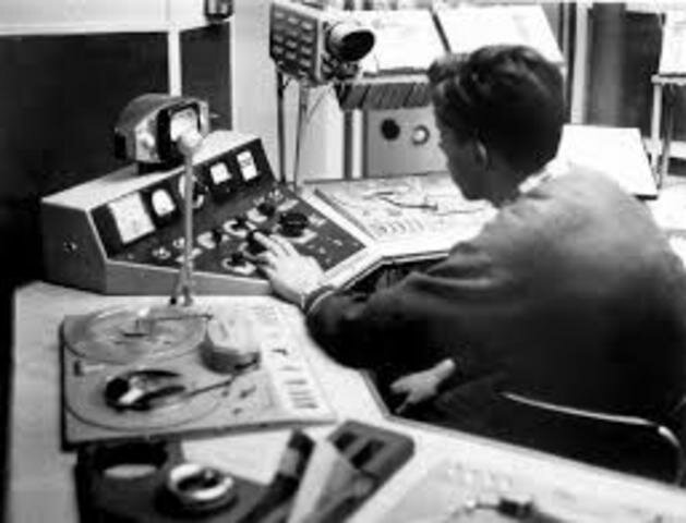 Primera Estación De Radio
