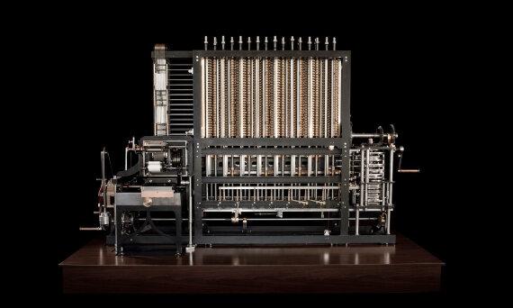 Primer Computador de la Universidad entero