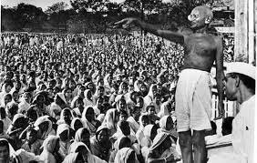 Gandhi organizes the first civil disobedience campaign