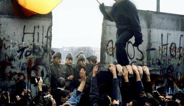 La chute historique du mur de Berlin