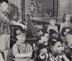 Instrumentos audiovisuales para la educacion