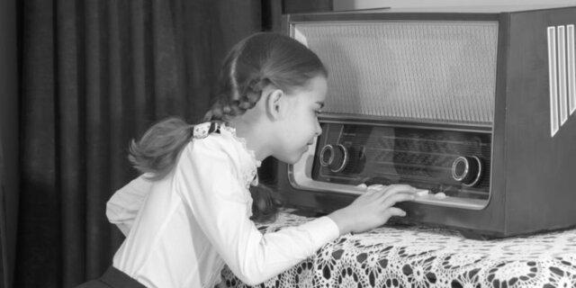 Primeras transmisiones de radio