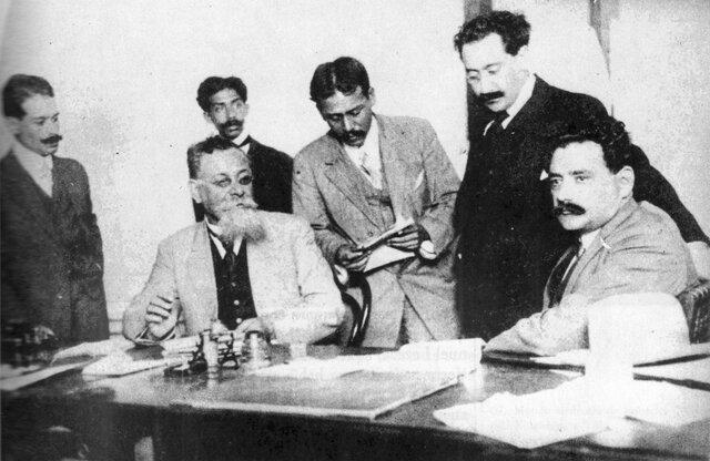 Gobierno constitucionalista en la Ciudad de México. Carranza asume la presidencia provisional de la república 1914