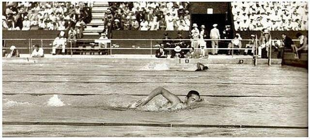 1er campeonato natación en Piscina corta