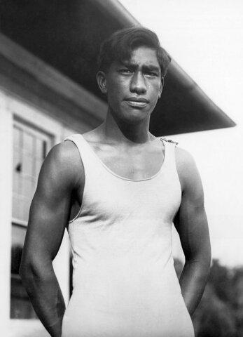 Duke Paoa Kahanamoku, introdujo el estilo crol