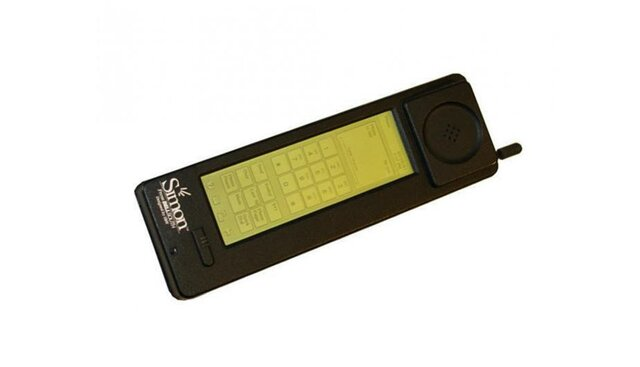 Primer celular inteligente