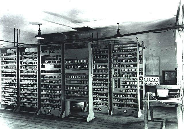 Creación de Primer Ordenar Electrónico