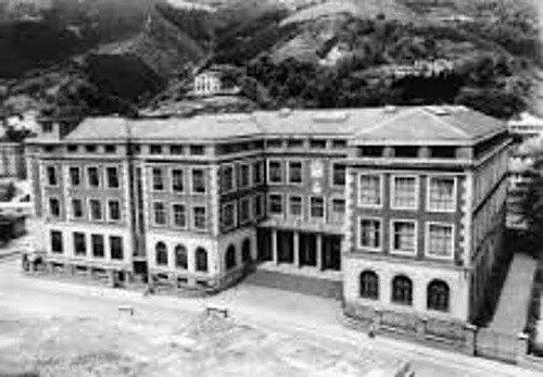 La primera escuela de ingenieria