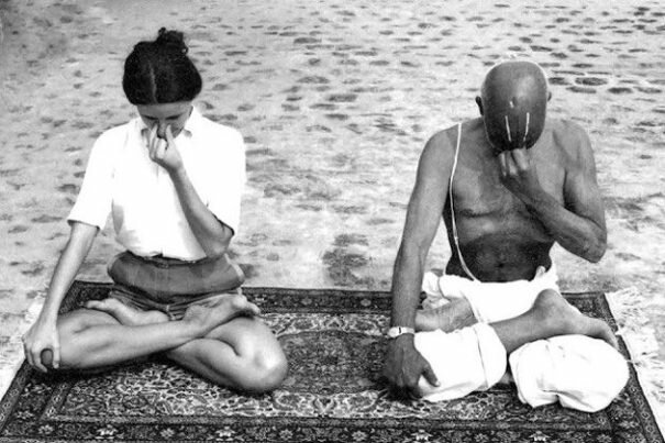 Yoga moderna