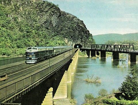 Открытие Железной Дороги в США