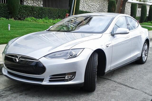 Тесла- машинное будущее