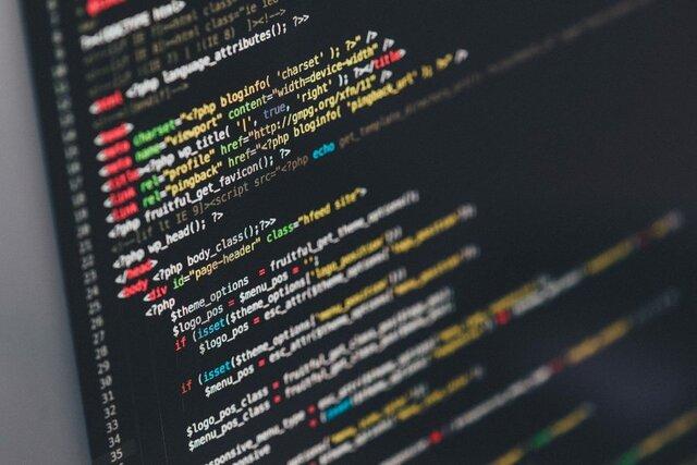 """Creació del """"primer llenguatge de programació"""""""