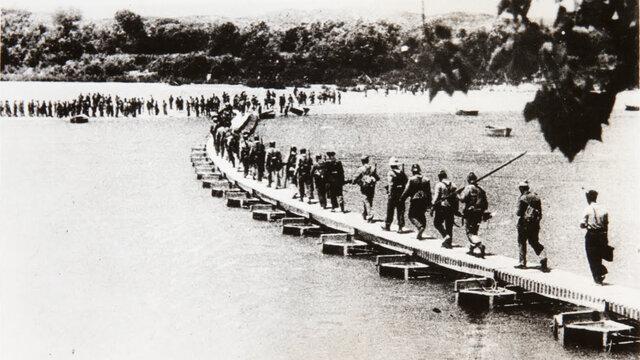 Los últimos soldados republicanos cruzaron el Ebro