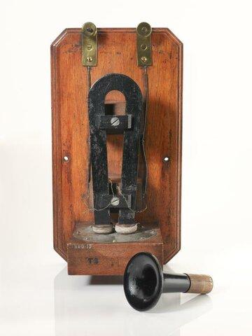Telephone Antonio Meucci