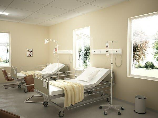 Em paso tres dies vomitant a l'hospital
