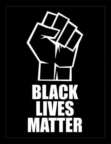 """Evento sportivo= fondazione di """"Black Lives Matter """" che aiuta a diminuire la discriminazione delle persone di colore durante lo sport"""