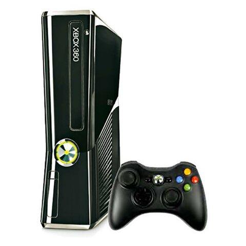 Microsoft lanza al mercado la versión de su segunda consola la Xbox 360