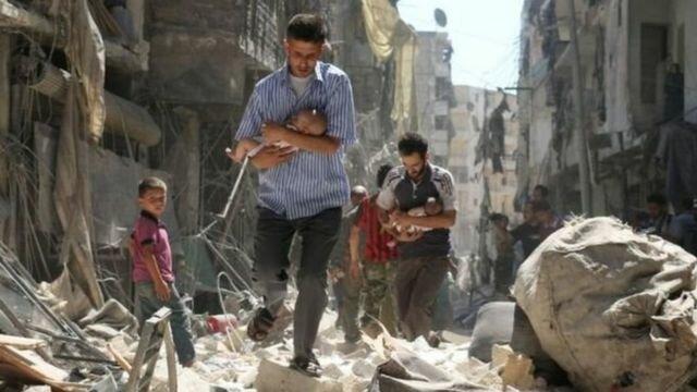 Comença la guerra a Síria