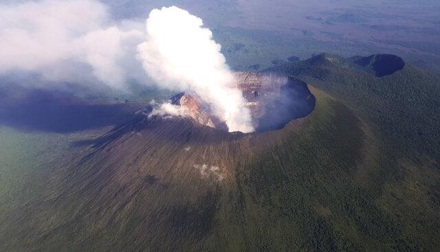 erupció de Monte Nyamuragira (climàtic)