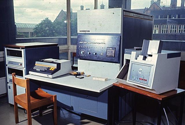 Burroughs B-2500 y B-3500.