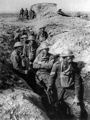 1914-1918 – La 1ª guerra mundial s'acaba amb més de 12 M de morts.