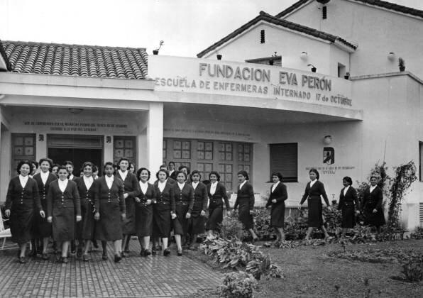 Creación de Fundación Eva Perón