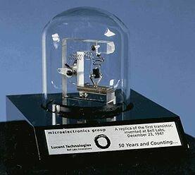 Segunda generación (protagionizada por los transistores)