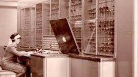 Antecedentes históricos y generaciones de las computadoras - Marissa Monsserat León Rodríguez timeline