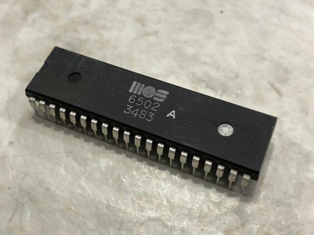 El MOS 6502, y la Transición de Generaciones
