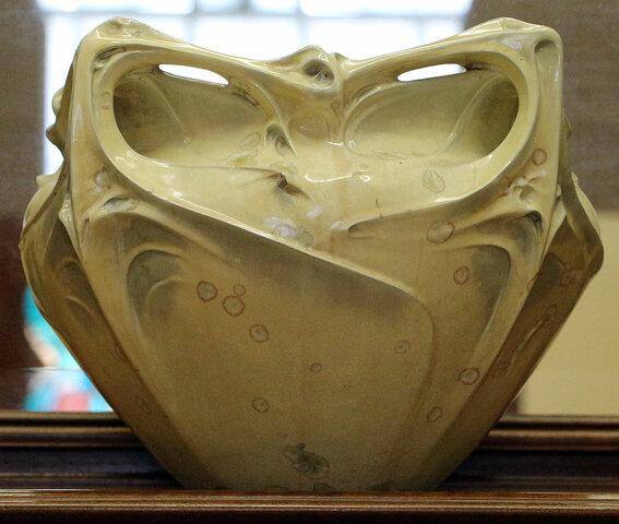 Guimard flower vase