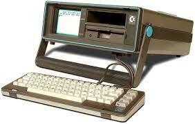 primer ordenador portatil a color