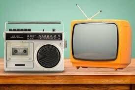 Decada de los 30 y 40 uso de la Radio y Televisión