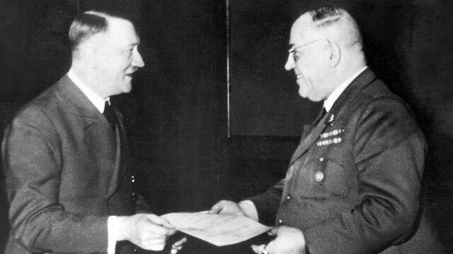Comença el nazisme a Alemanya
